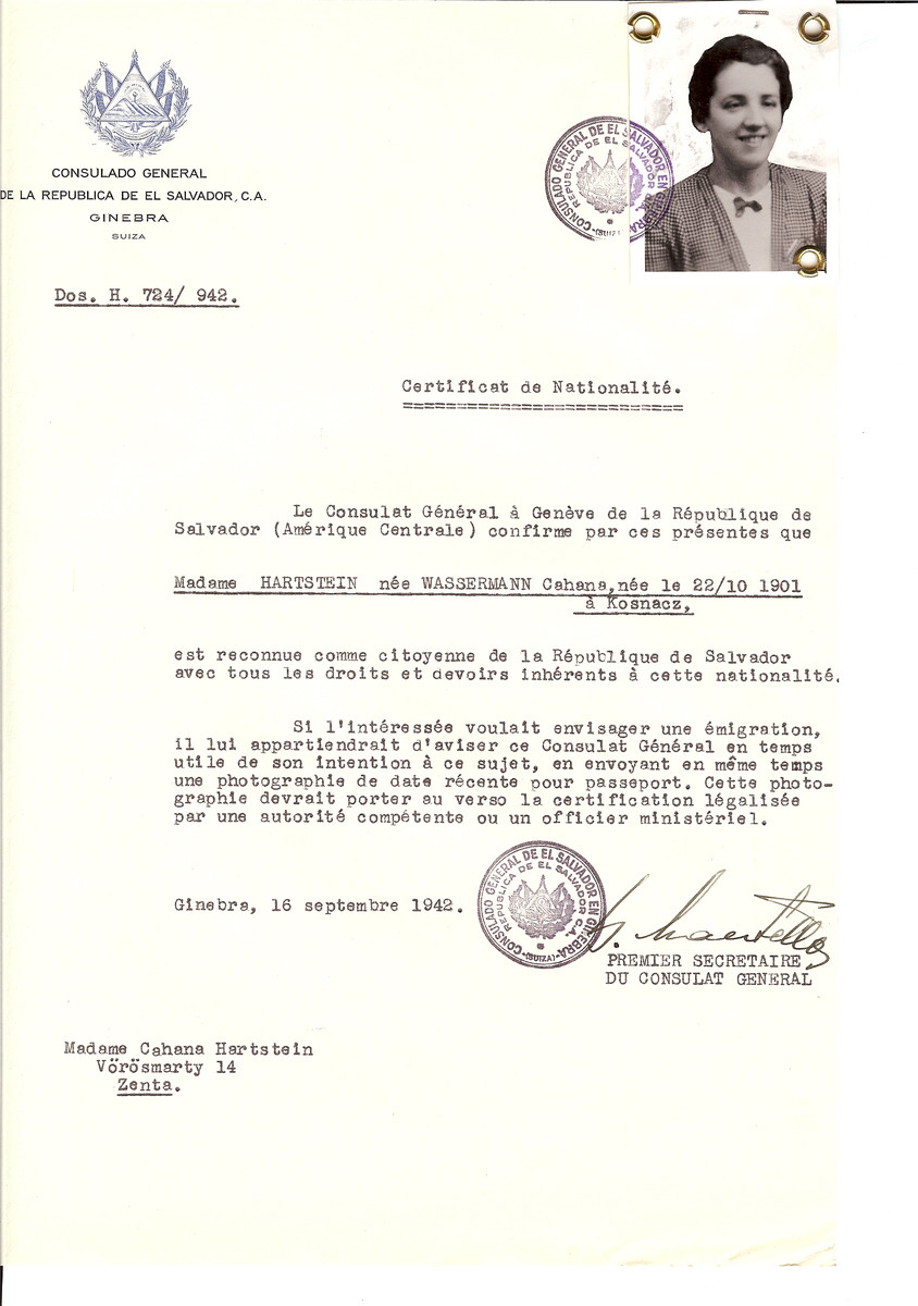 Unauthorized Salvadoran citizenship certificate issued to Cahana (nee Wasserman) Hartstein (b. October 22, 1901 in Kosnacz) by George Mandel-Mantello, First Secretary of the Salvadoran Consulate in Switzerland and sent to their residence in Zenta.
