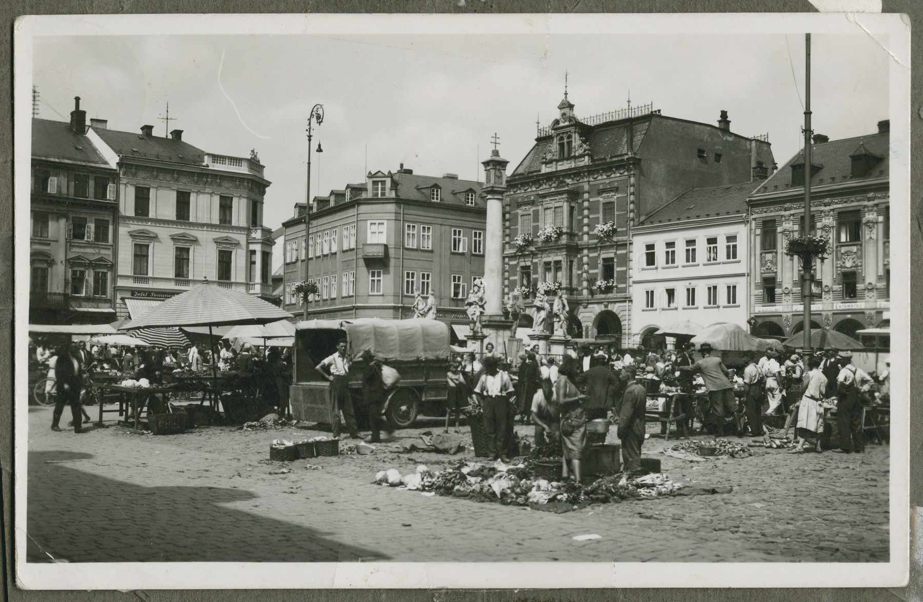 View of the outdoor market [perhaps in Mukachevo].