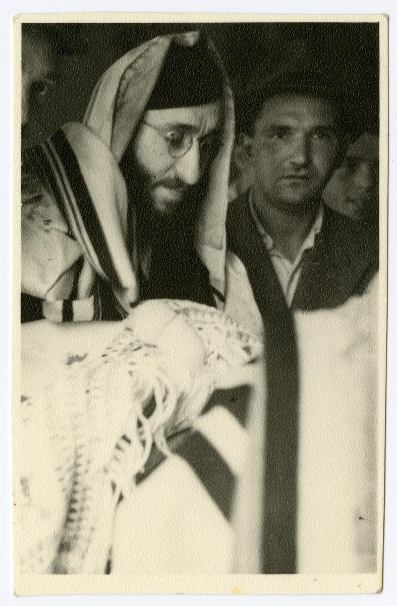 Brit milah of Moshe Sadik in the Braunau displaced persons camp.