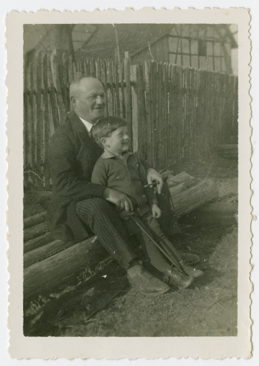 Sigmund and Fritz Isenberg pose for a photograph.