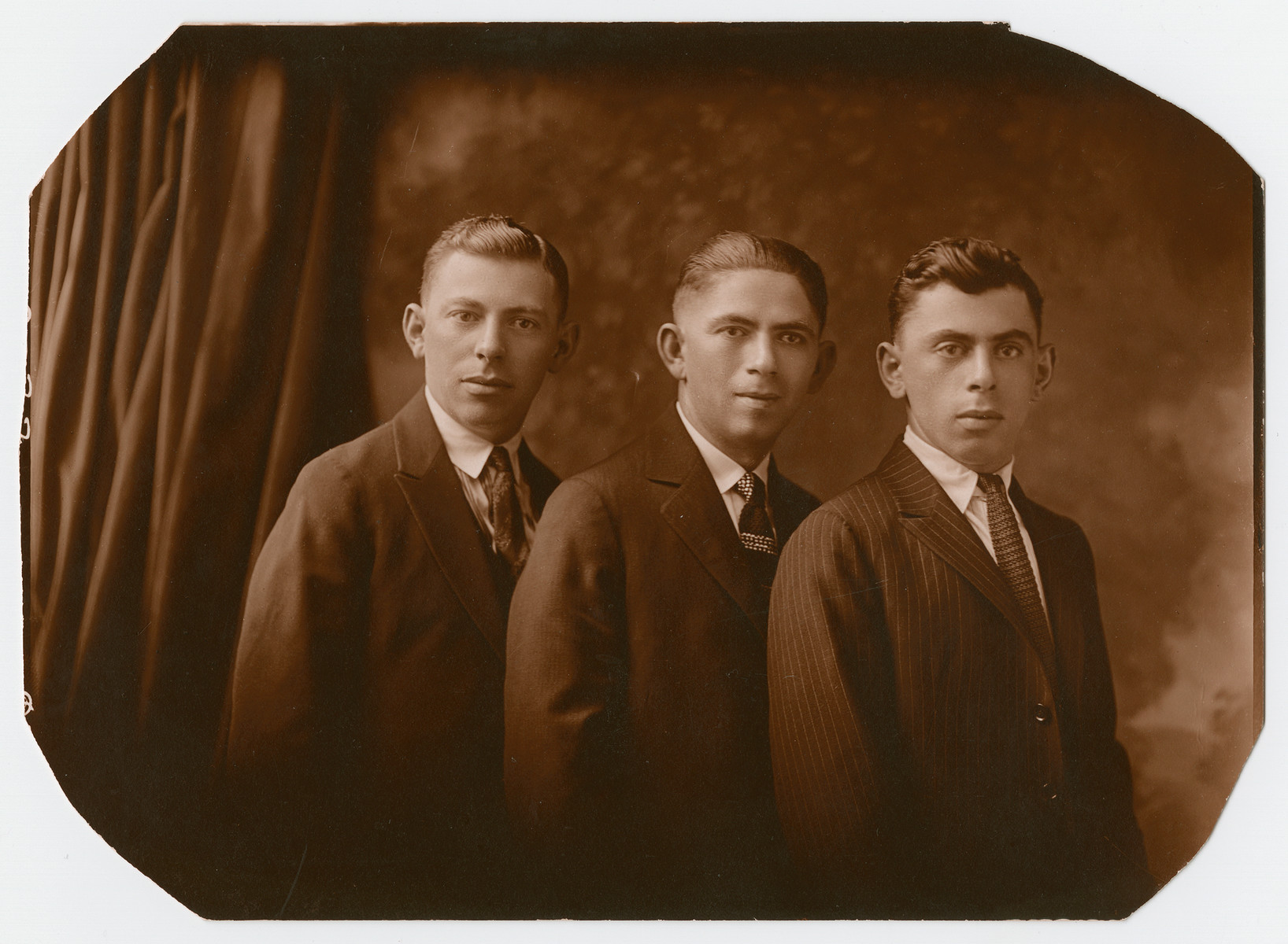 Studio portrait of Julius Ball with his brothers Jacob and Chaim.  Chaim later perished in the Holocaust.  Julius and Jacob immigrated to the United States before the war.