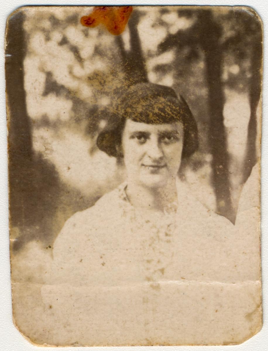 Portrait of donor's aunt, Fanya Gulman, who was killed at Babi Yar.