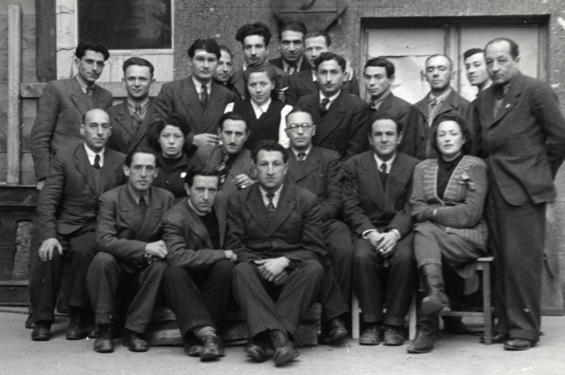 Staff of the newspaper, Unzer Weg.
