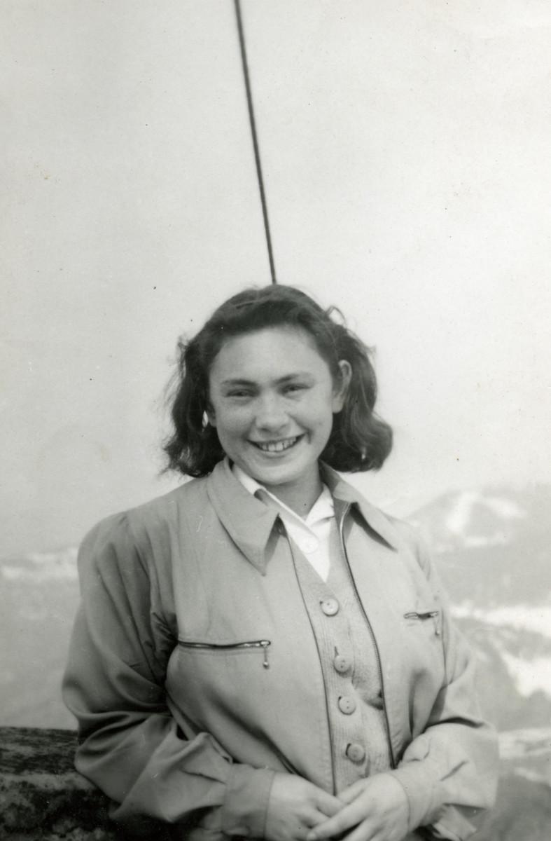Portrait of Yehudit Steiglitz taken after her arrival in Switzerland on the Kasztner transport.