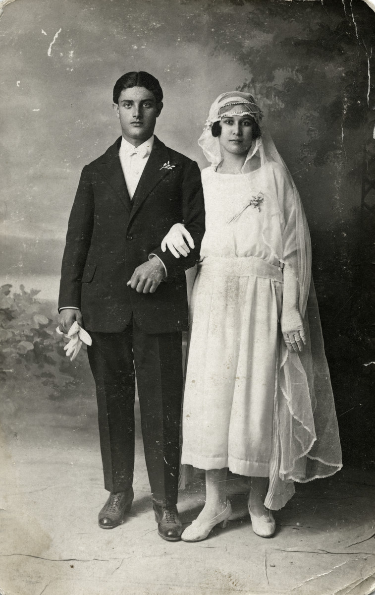 Wedding portrait of Daniel and Simcha Tayar.
