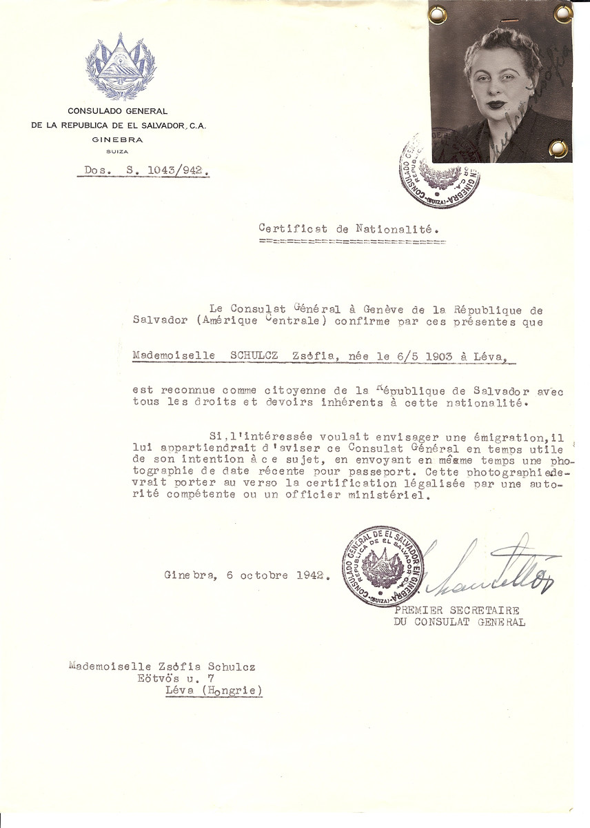 Unauthorized Salvadoran citizenship certificate issued to Zsofia Schulcz (b. May 6, 1903 in Leva) by George Mandel-Mantello, First Secretary of the Salvadoran Consulate in Switzerland and sent to her in Leva.