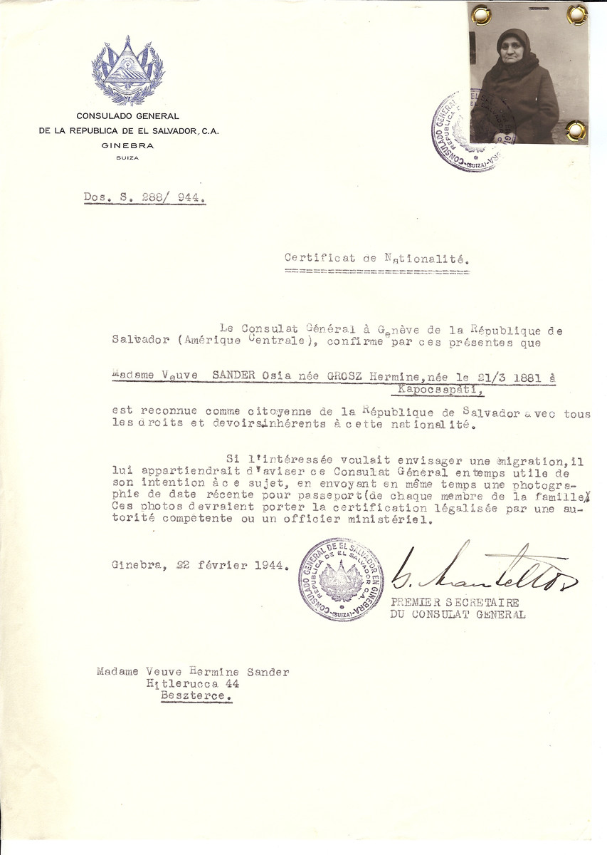 Unauthorized Salvadoran citizenship certificate issued to Hermine (nee Grosz) Sander (b. March 21, 1881 in Kapocsapati) by George Mandel-Mantello, First Secretary of the Salvadoran Consulate in Switzerland and sent to her in Bistrita.