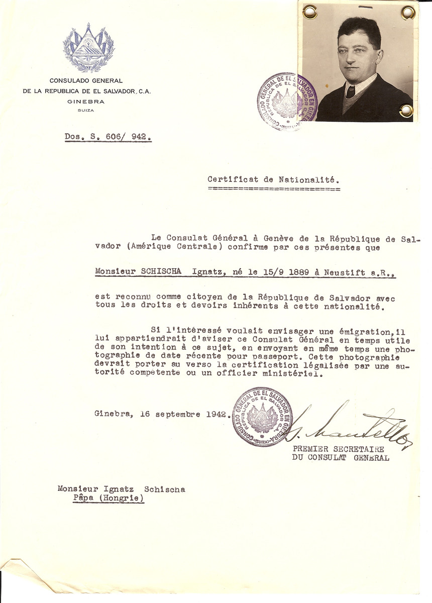 Unauthorized Salvadoran citizenship certificate issued to Ignatz Schischa (b. September 15, 1889 in Neustift) by George Mandel-Mantello, First Secretary of the Salvadoran Consulate in Switzerland and sent to him in Papa.