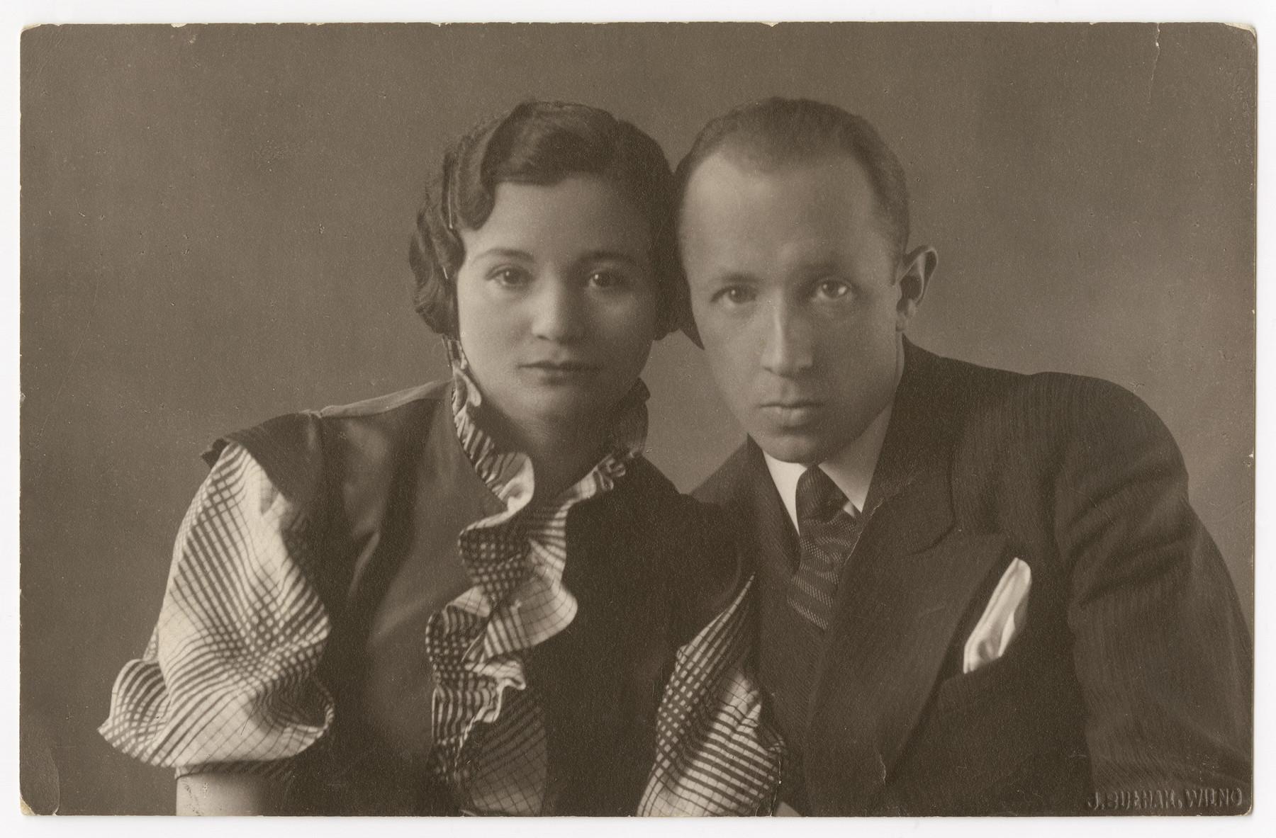 Studio portrait of Solomon and Ada Mirski.