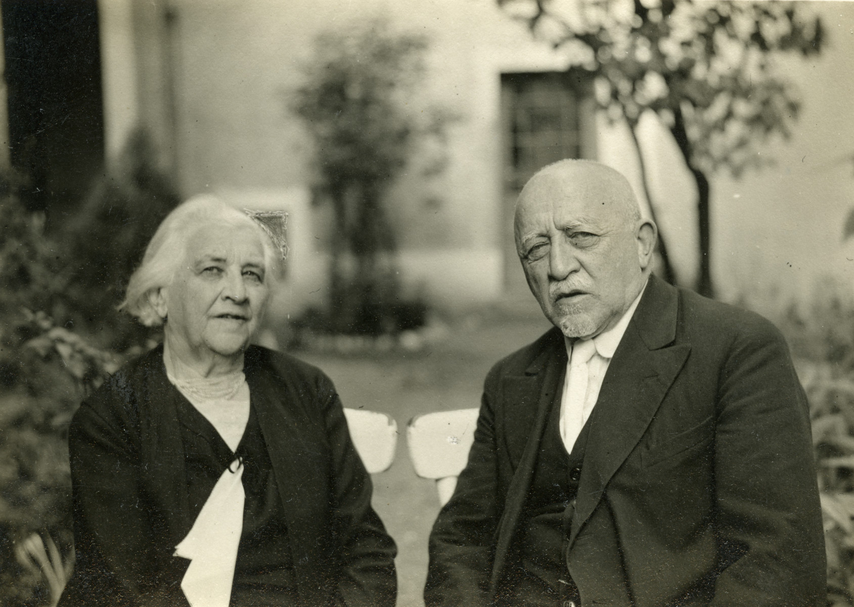 Close-up portrait of Benedikt Baruch Duschnitz (b.1854) and Cecilia  Zierl (nee Meisel) Duschnitz, the grandparents of the donor.