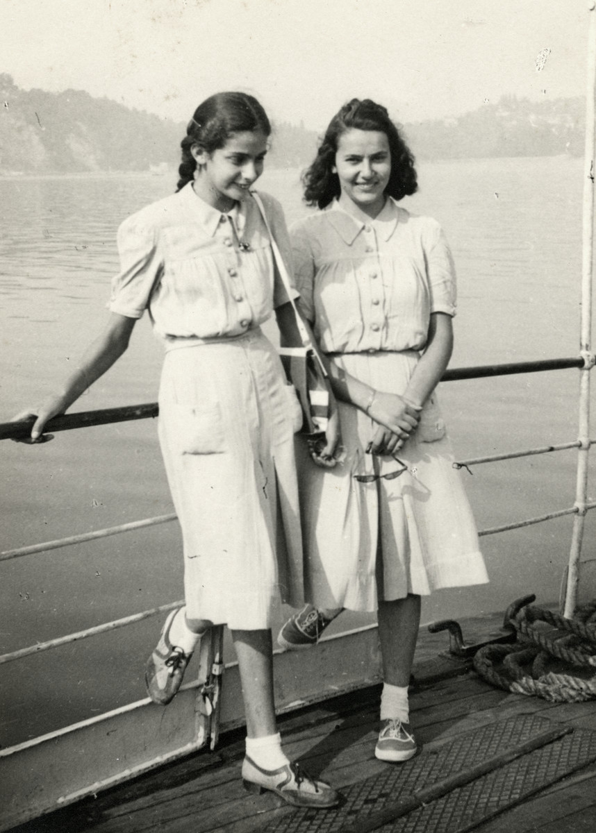Renate (right) and Mathilde Rietti pose on the shore of Lake Como.