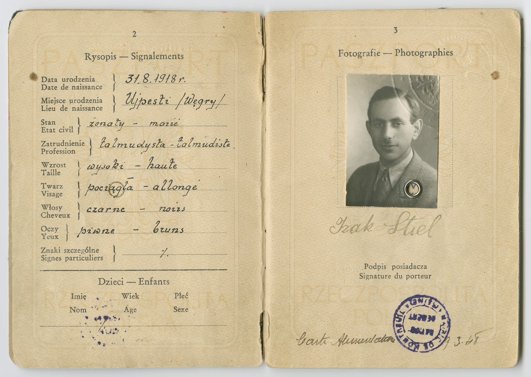 Polish passport of Izak Stiel listing his profession as a Talmudist.
