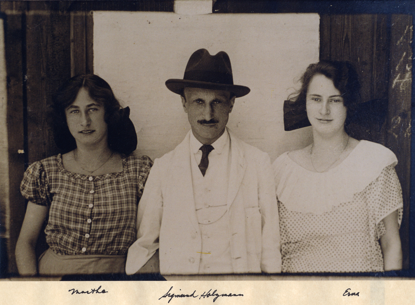 Sigmund Holzmann and two of his daughters, Martha and Erna.