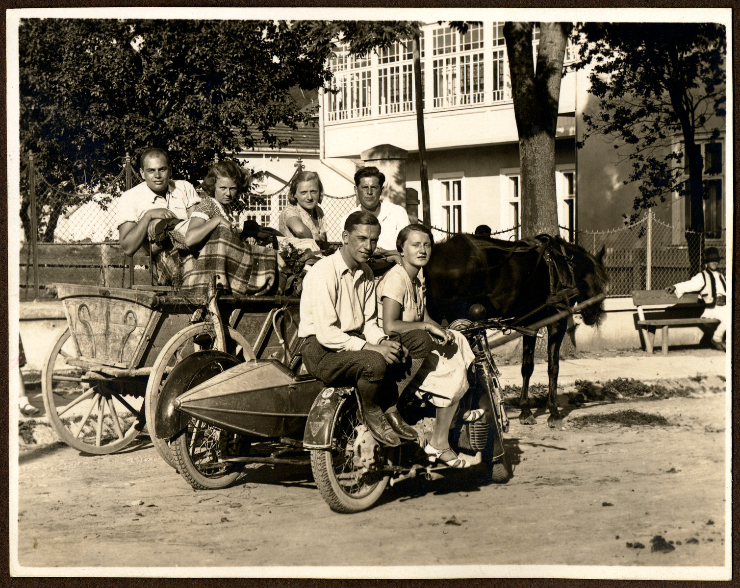 A group of young people go for an excursion in prewar Czernowitz.  Among those pictured are Ella Grossman in the horse-drawn carriage, third from the left.