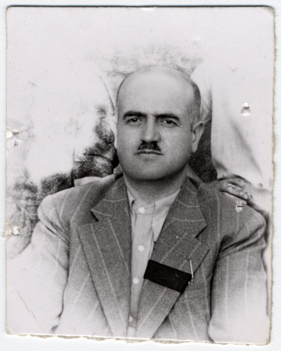 Isak Kolonomos, wearing a mourning band on his lapel, shortly after the death of his wife, Esterina.