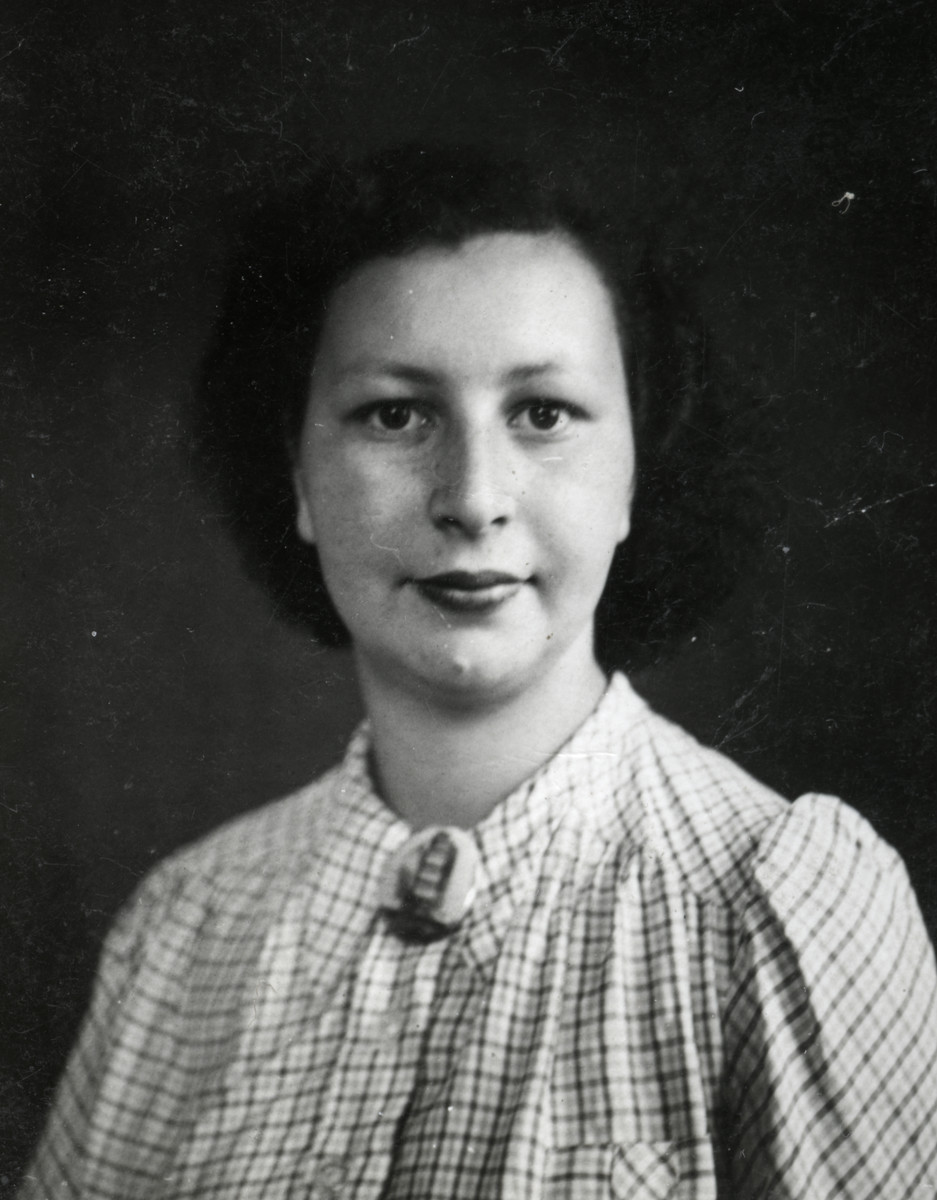 Studio portrait of Jacqueline Wormser, a friend of Denise's. Denise occasionally stayed with her during the war.