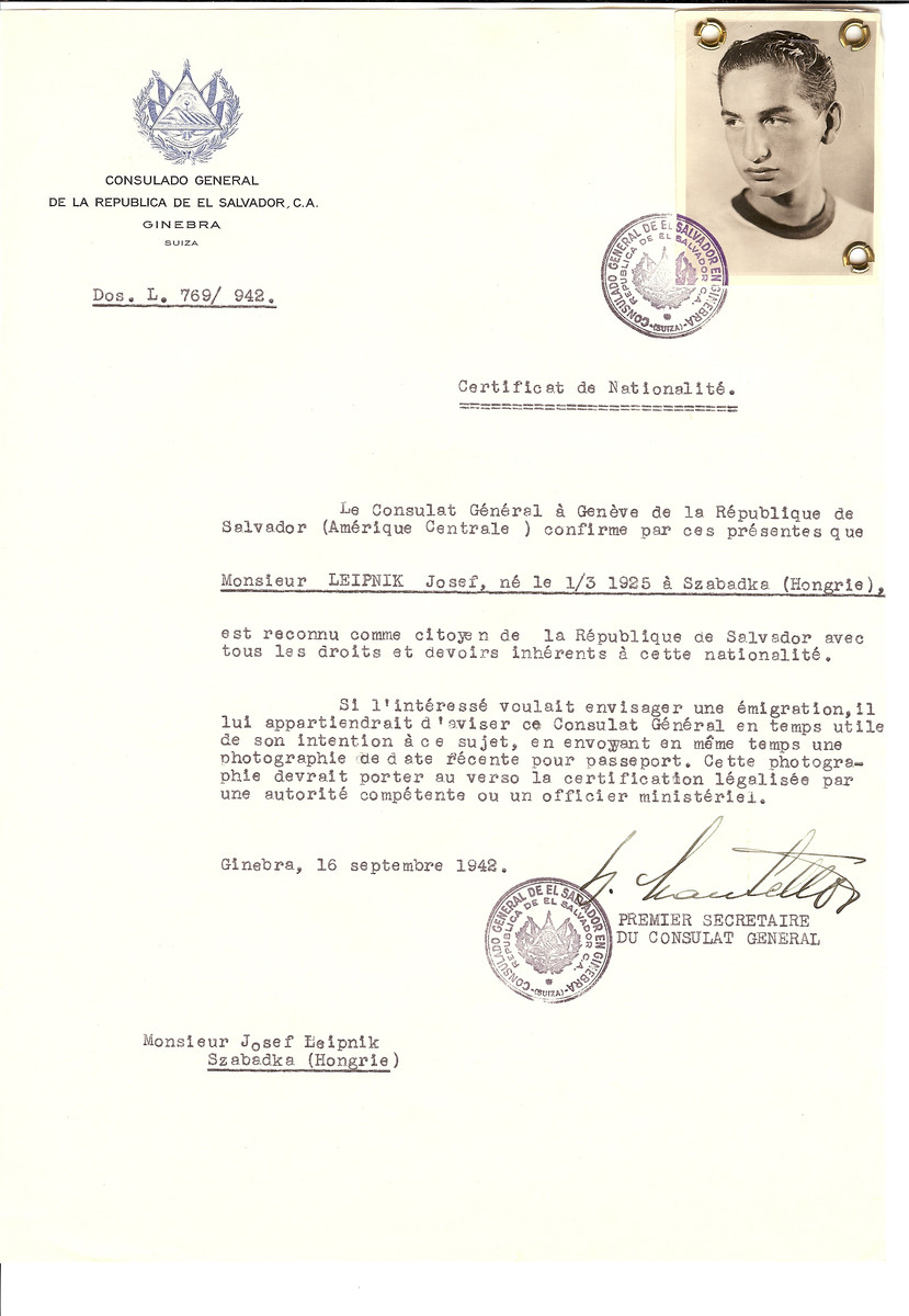 Unauthorized Salvadoran citizenship certificate made out to Josef Leipnik (b. March 1, 1925 in Szabadka) by George Mandel-Mantello, First Secretary of the Salvadoran Consulate in Geneva and sent to him in Szabadka.