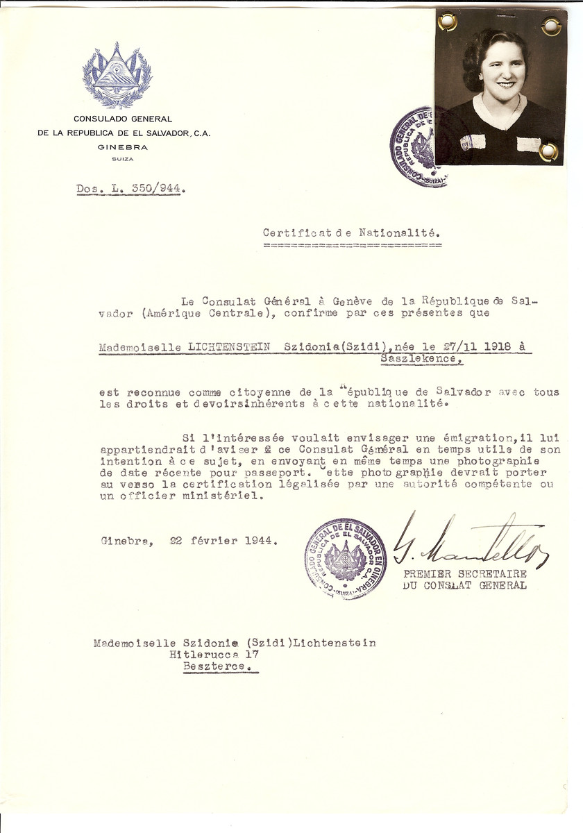Unauthorized Salvadoran citizenship certificate made out to Szidonia (Szidi) Lichtenstein (b. November 27, 1918 in Saszlekence) by George Mandel-Mantello, First Secretary of the Salvadoran Consulate in Geneva and sent to her in Beszterec.