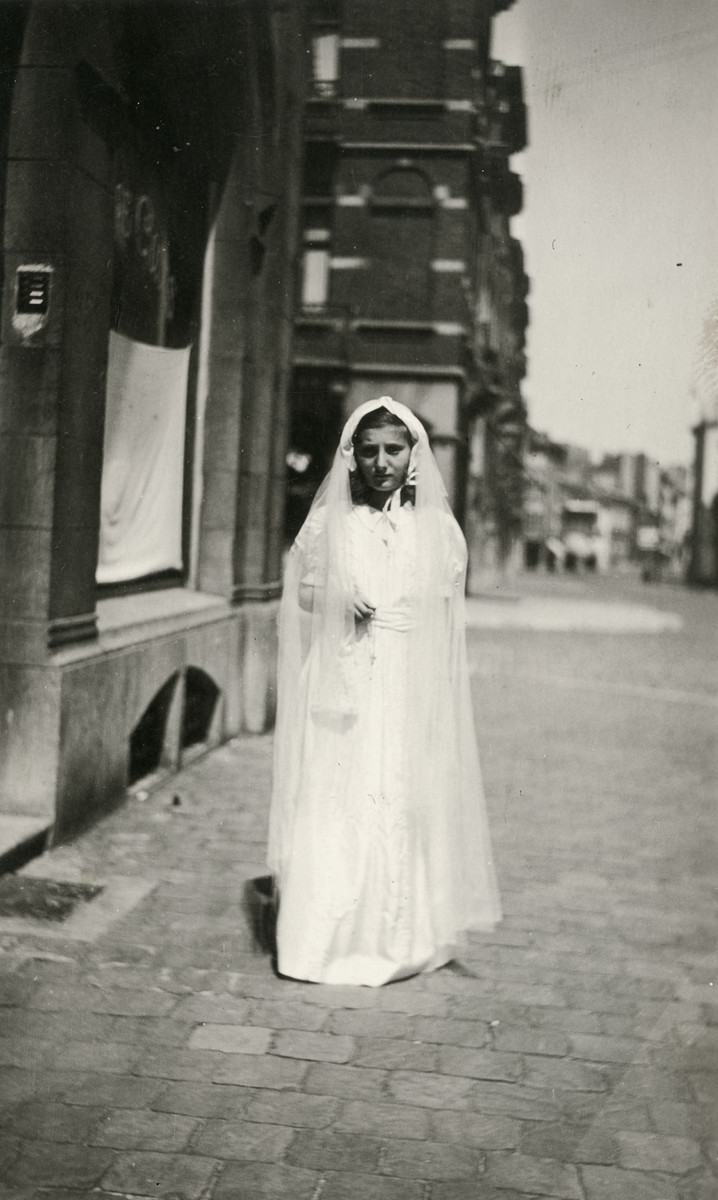 Close-up of Liliane Ferdman on the day of her first communion in the Convent St. Antoine de Padue.