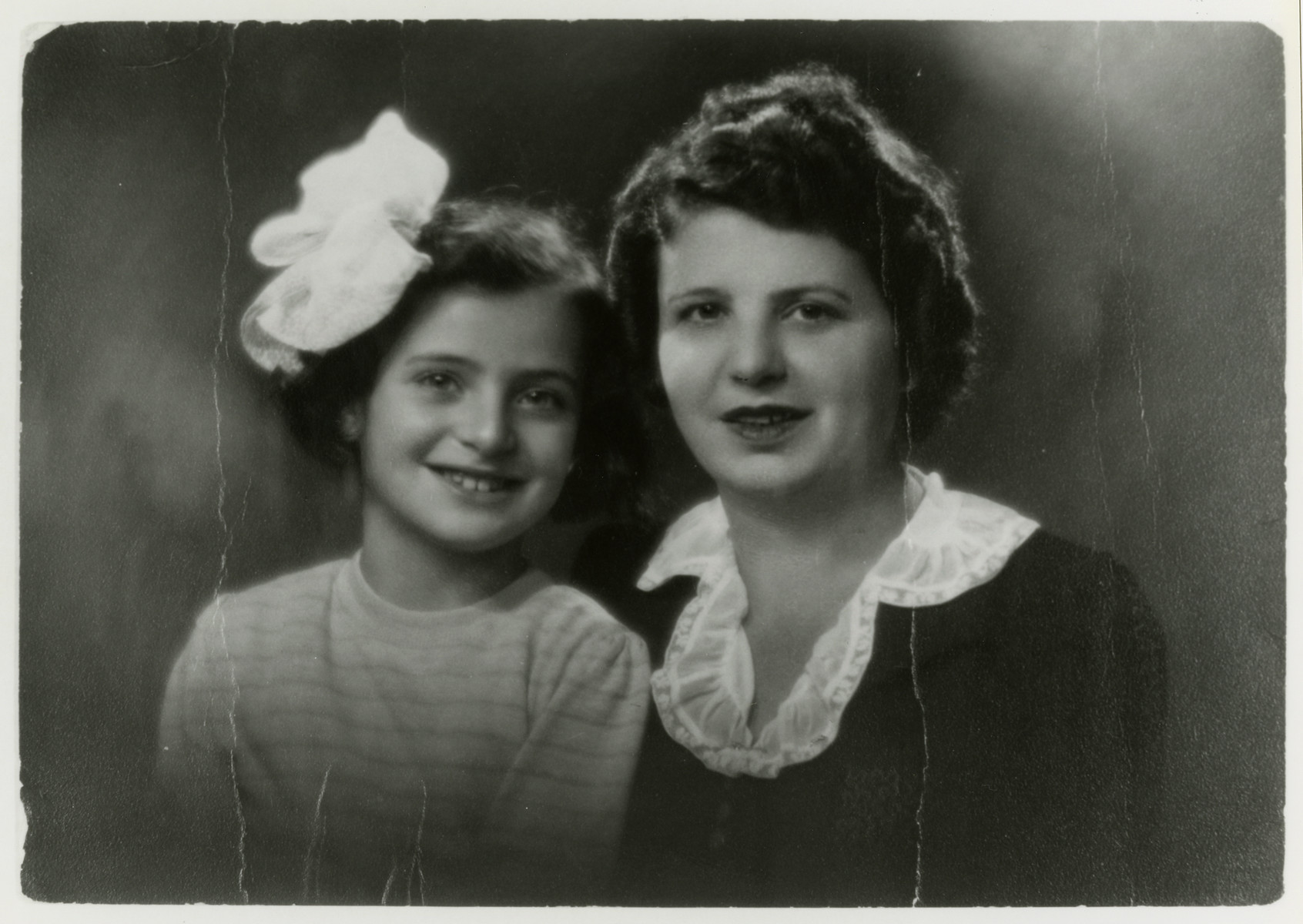 Postwar portrait of Sima Schwalb with her daughter Renee.