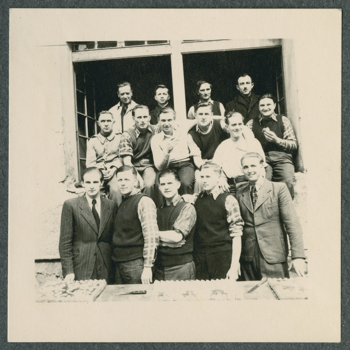 Group portrait of prisoners in the Tittmoning camp.
