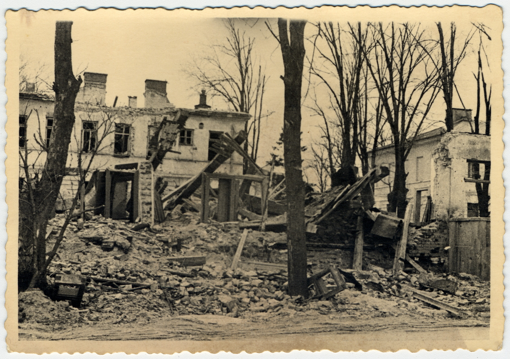 An unidentified town lays in ruins after the Nazi invasion of the USSR.