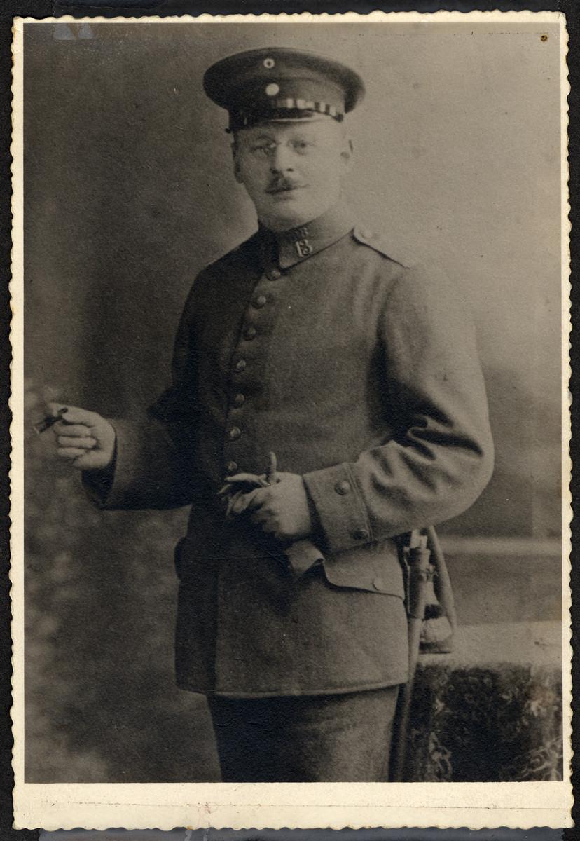 A studio portrait of Albert Schwarzhaupt wearing his German army uniform during World War I.