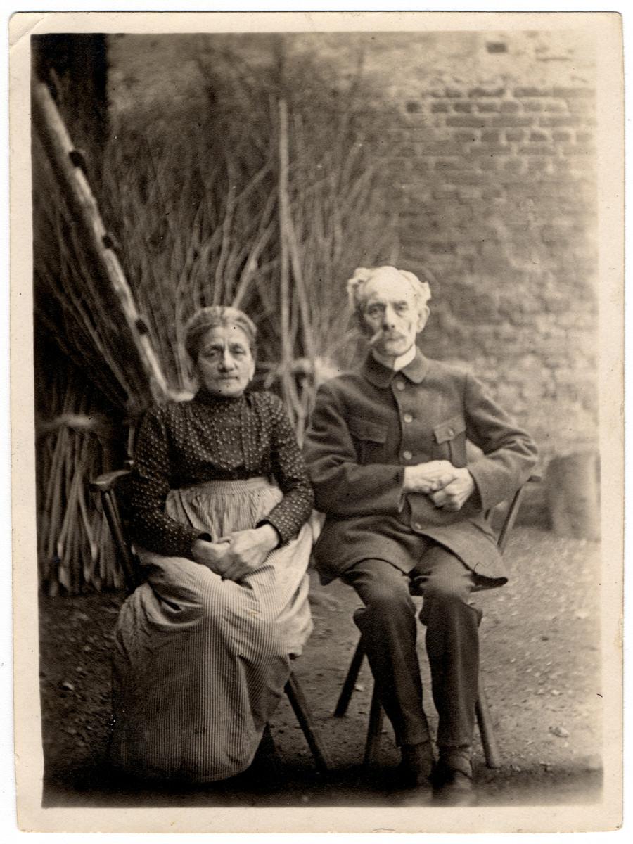 Close-up portrait of the grandparents of Martin Wertheim.