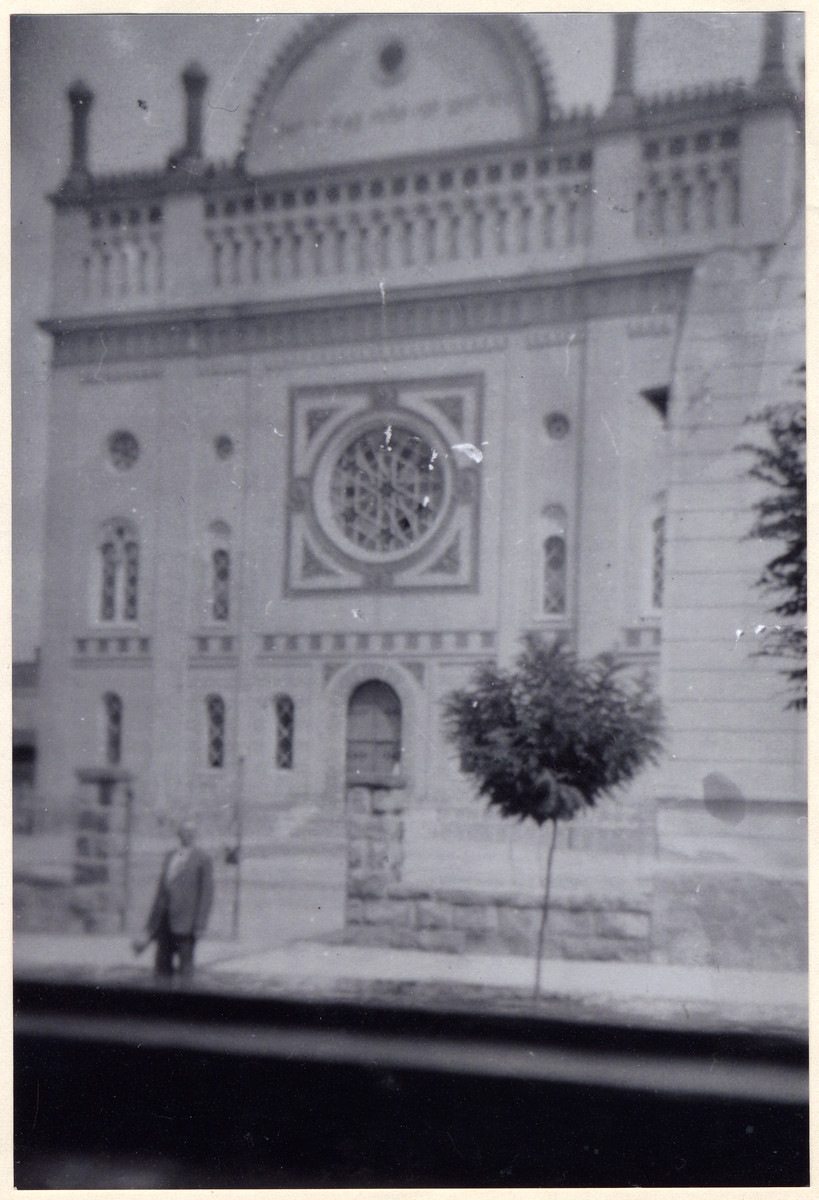 Exterior view of the synagogue in Balassagyarmat where Rabbi David Deutsch (grandfather of the donor) served as chief rabbi as did his father and grandfather.  Rabbi David Deutsch later perished in Auschwitz.