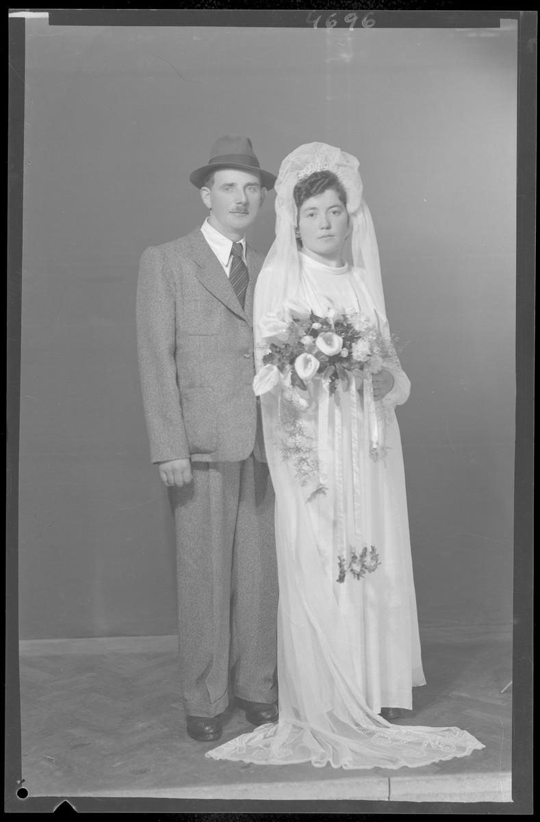 Studio wedding portrait of Salamon Junger.