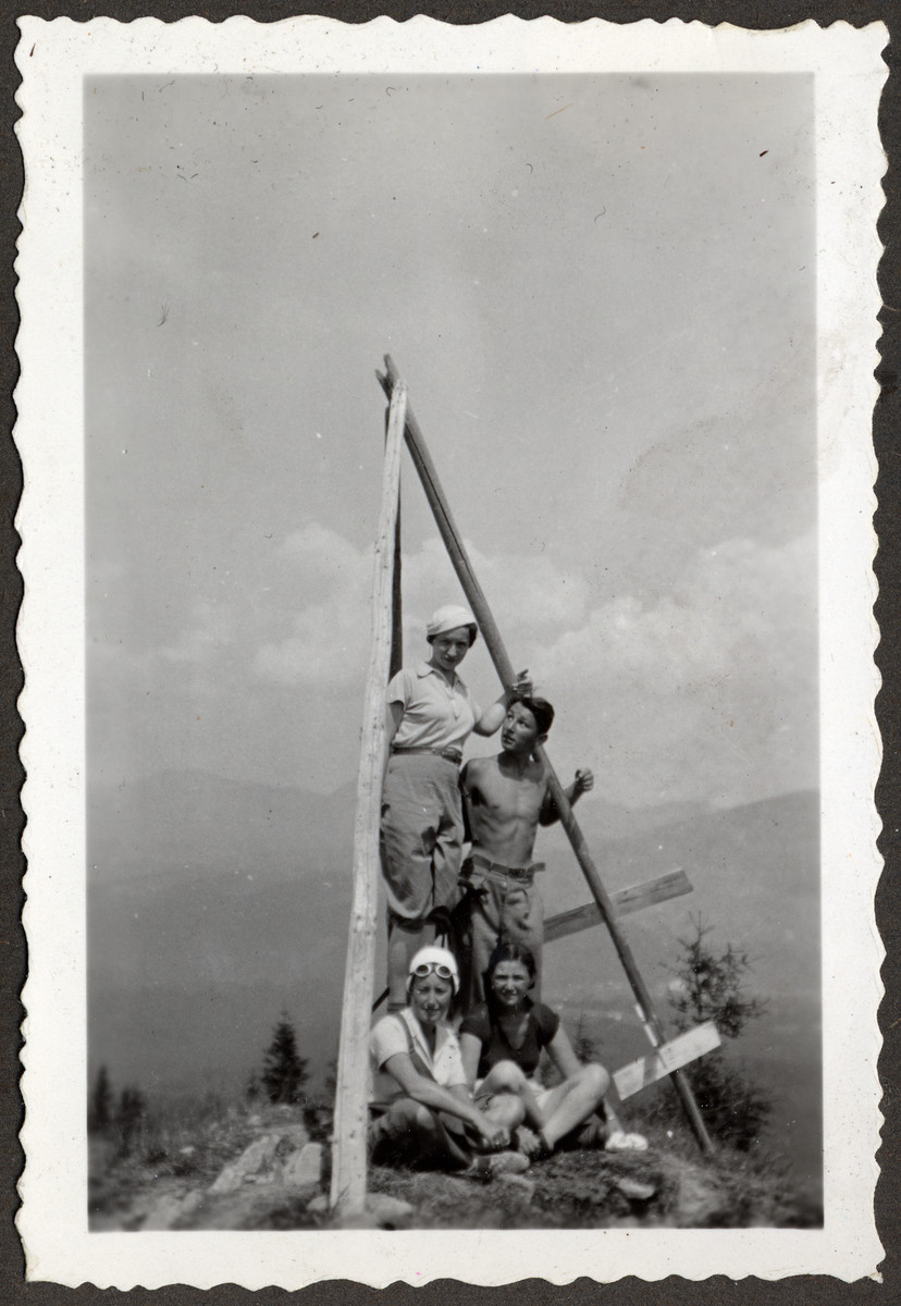 A group of friends goes for a hike in prewar Poland.  Nadzieja Solomon Klein is at the top of the pyramid.