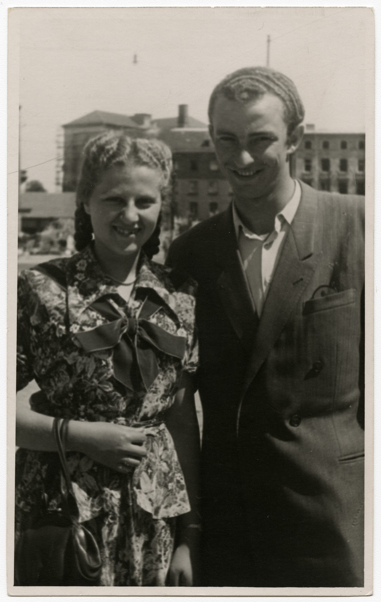 Luba Kerschenblat poses with Fischek Brauner in the Feldafing displaced persons camp.