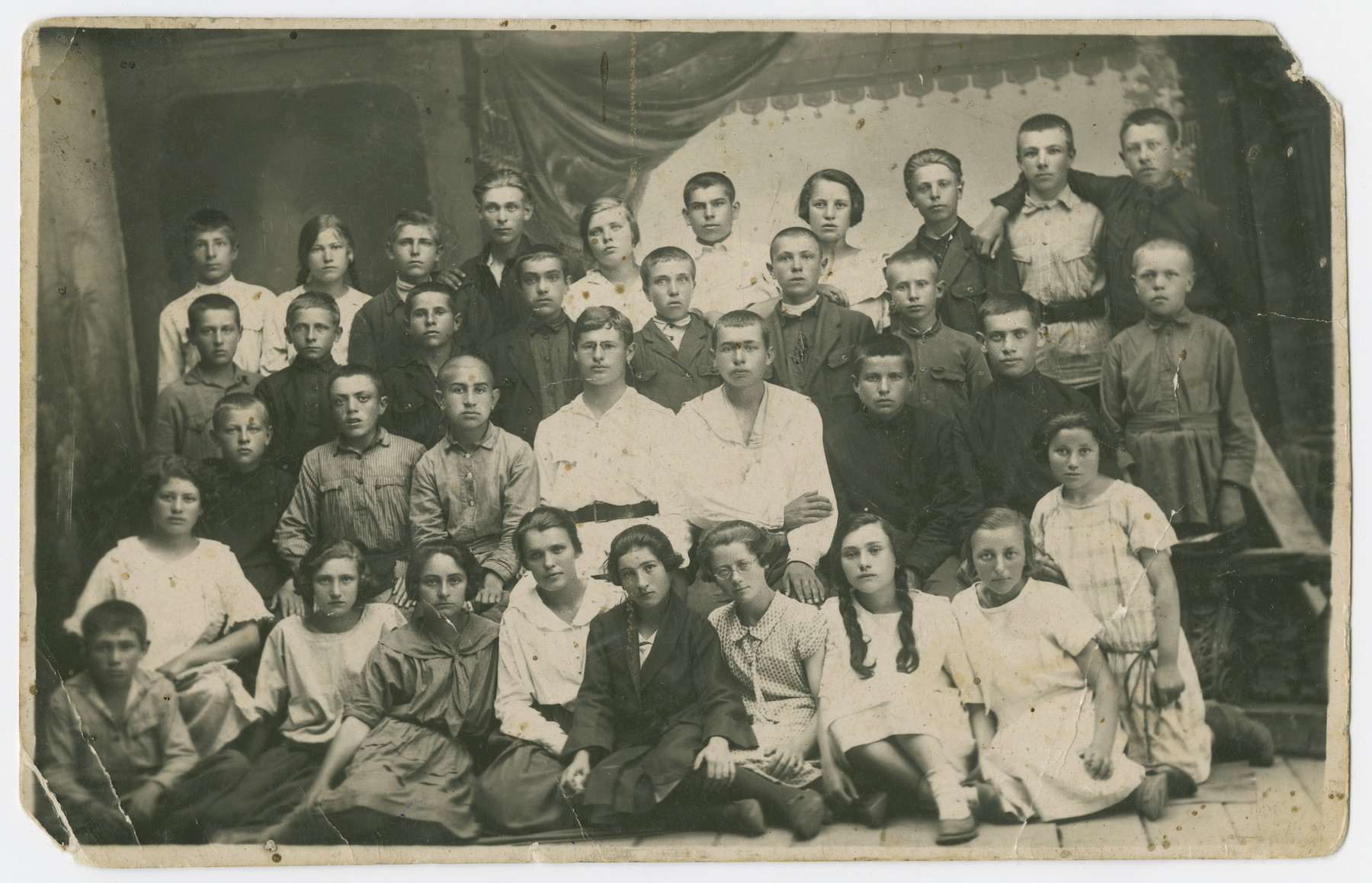 Group portrait of Jewish youth in Orinin, Ukraine.  Among those pictured is Mania Lechtman, who was one of the few survivors.