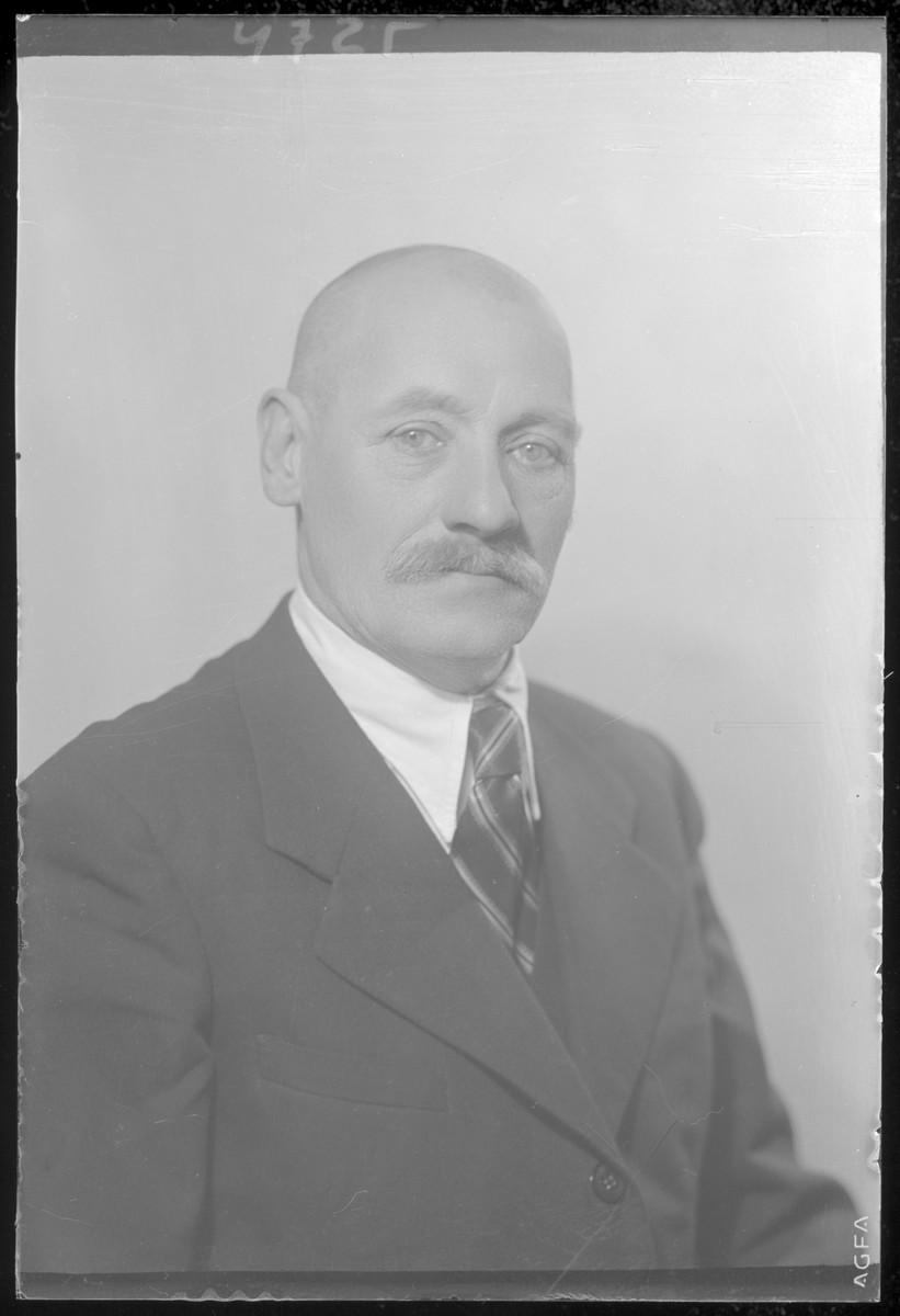 Studio portrait of Vilmos Fuksz.