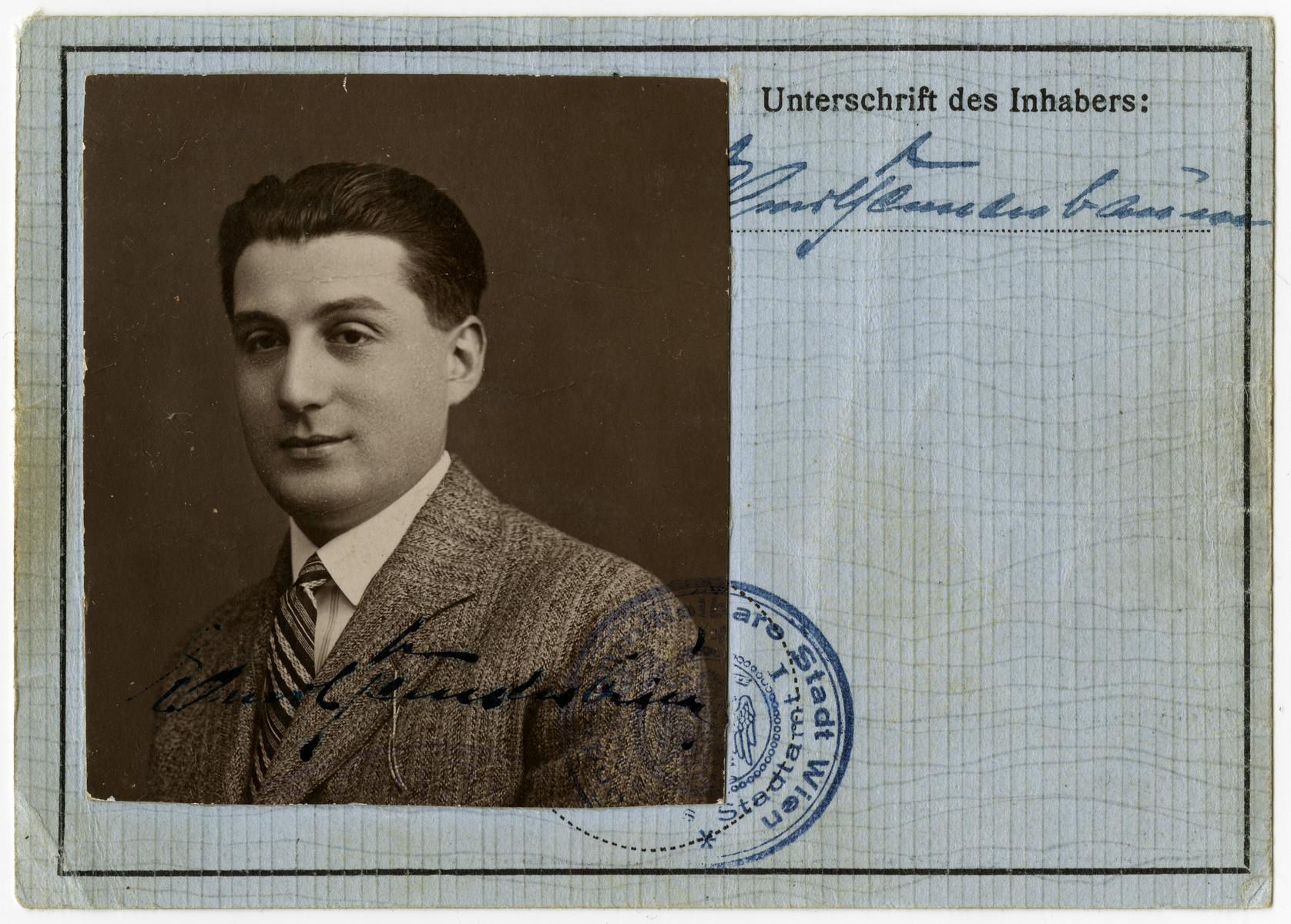 Identification/registration card issued to Emil Tennenbaum.