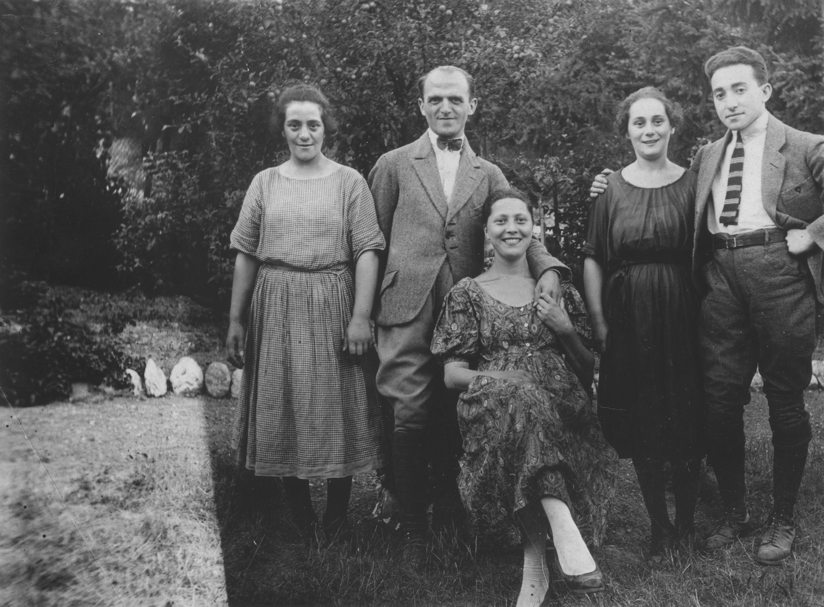 Robert and Esther Zarnicer pose with friends in Frankfurt-am-Main.  Pictured from left to right are Genya Eisenreich; Meno and Fela Gaetner; and Esther and Robert Zarnicer.
