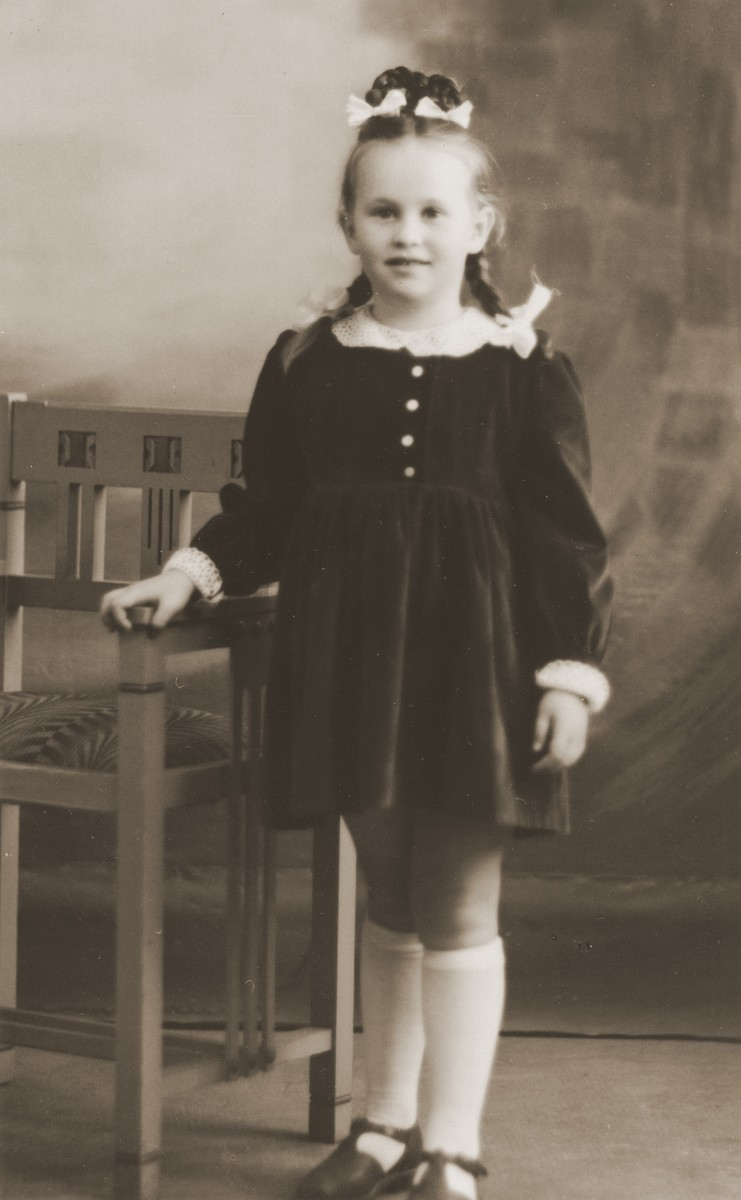 Studio portrait of a Jewish DP child in the Cremona displaced persons camp.  Pictured is Masha Leikach.