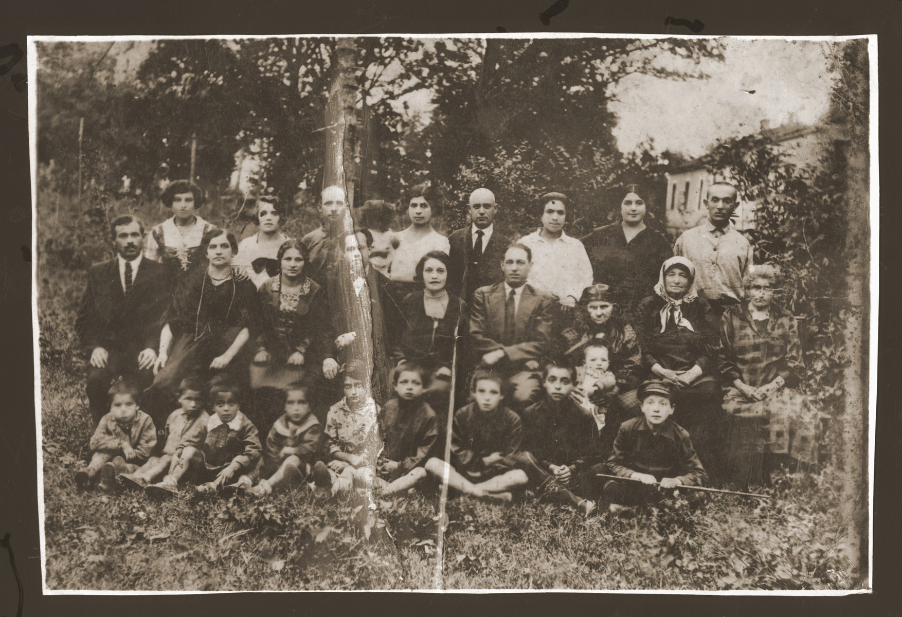 Portrait of the Lewin family in Derazhnya.   Among those pictured are Abram Lewin (front row, third from the right).  Most of the family was killed by the Nazis in Derazhnya in 1942.
