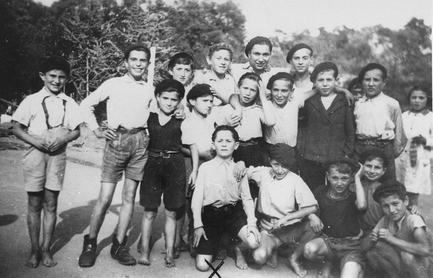 Group portrait of Jewish children in the OSE children's home of Château des Morelles.