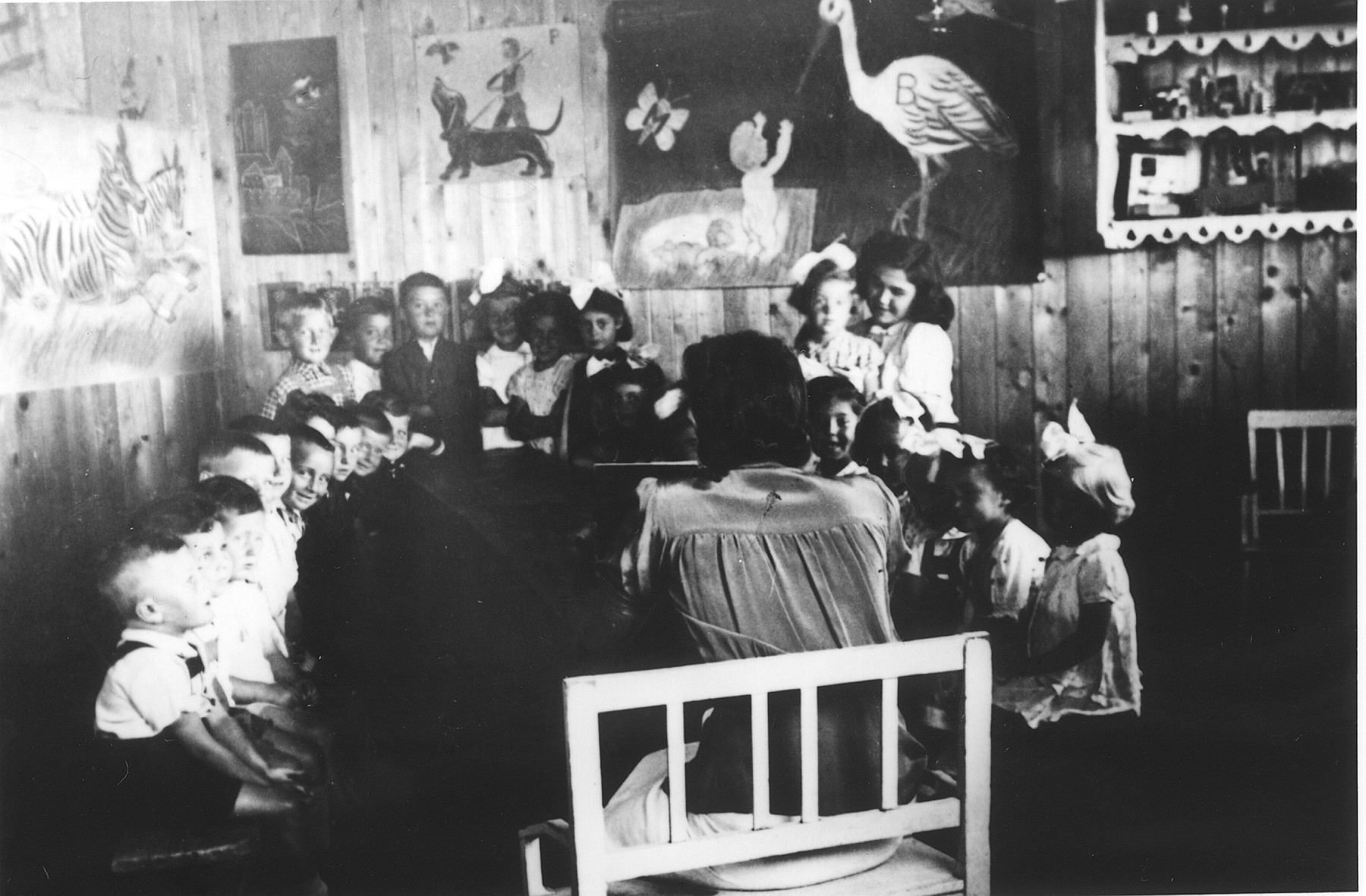 A classroom of pre-schoolers in the Novaky labor camp.