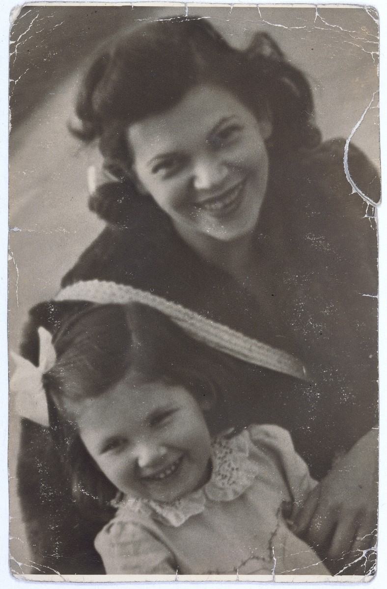 Ilma (Roth) Lichtig poses with her daughter Adrienne in Budapest.