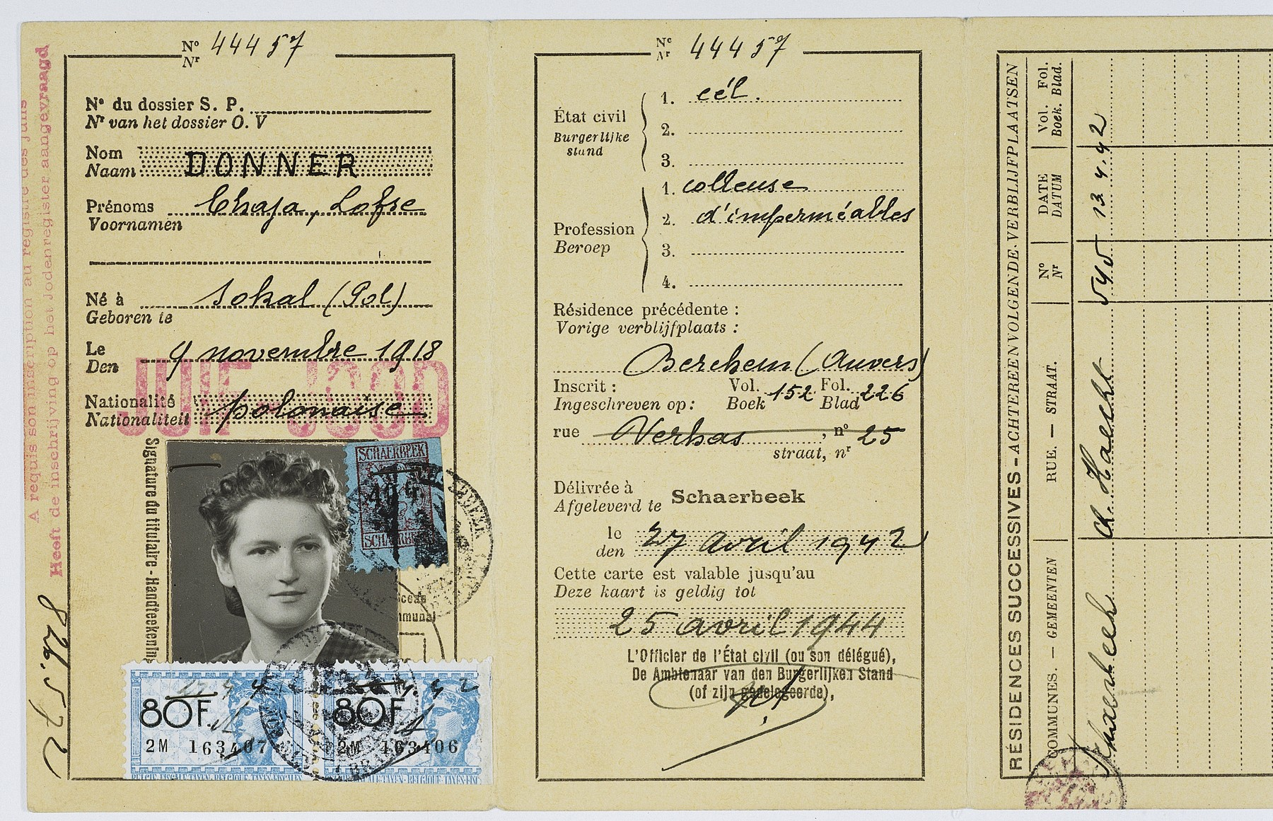 Belgian identity card issued to Clara (Chaja) Donner on April 27, 1942 in Brussels-Schaerbeek identifying her nationality as Polish.
