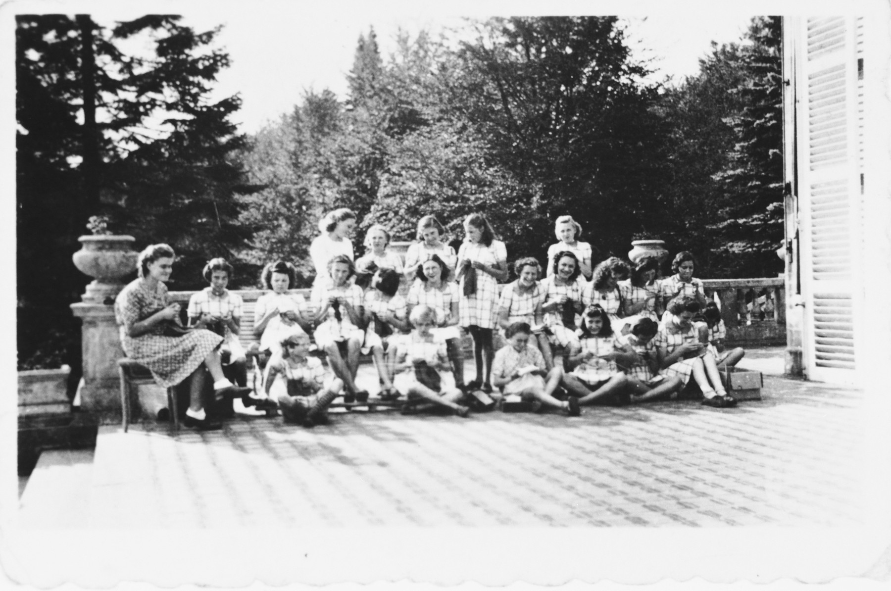 Children and staff of the Red Cross Bois d'Arlon summer camp where Hena and Pola Kohn were hidden during the summer of 1942.