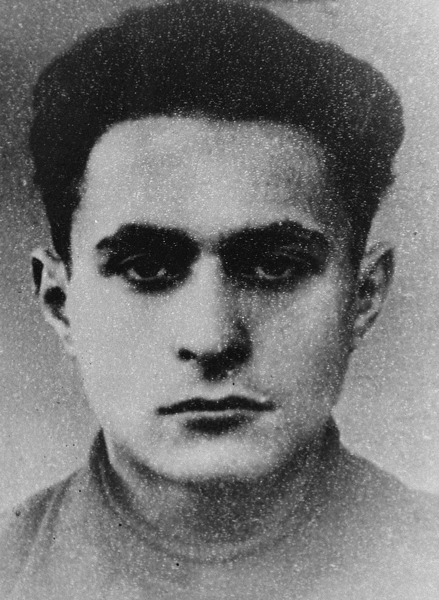Portrait of Israel Pilownik (Teyve), a participant in the Christmas 1943 escape from Fort IX.