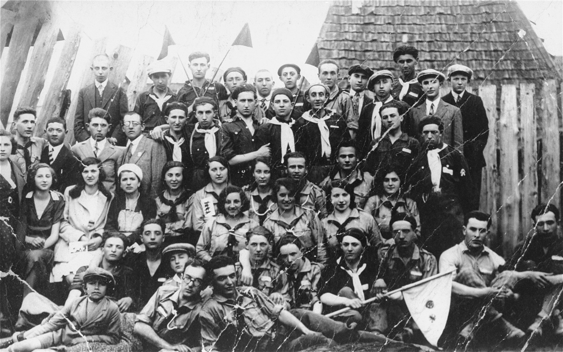 Group portrait of members of the Hanoar Hatzioni Zionist youth organization at a meeting in Tacovo.
