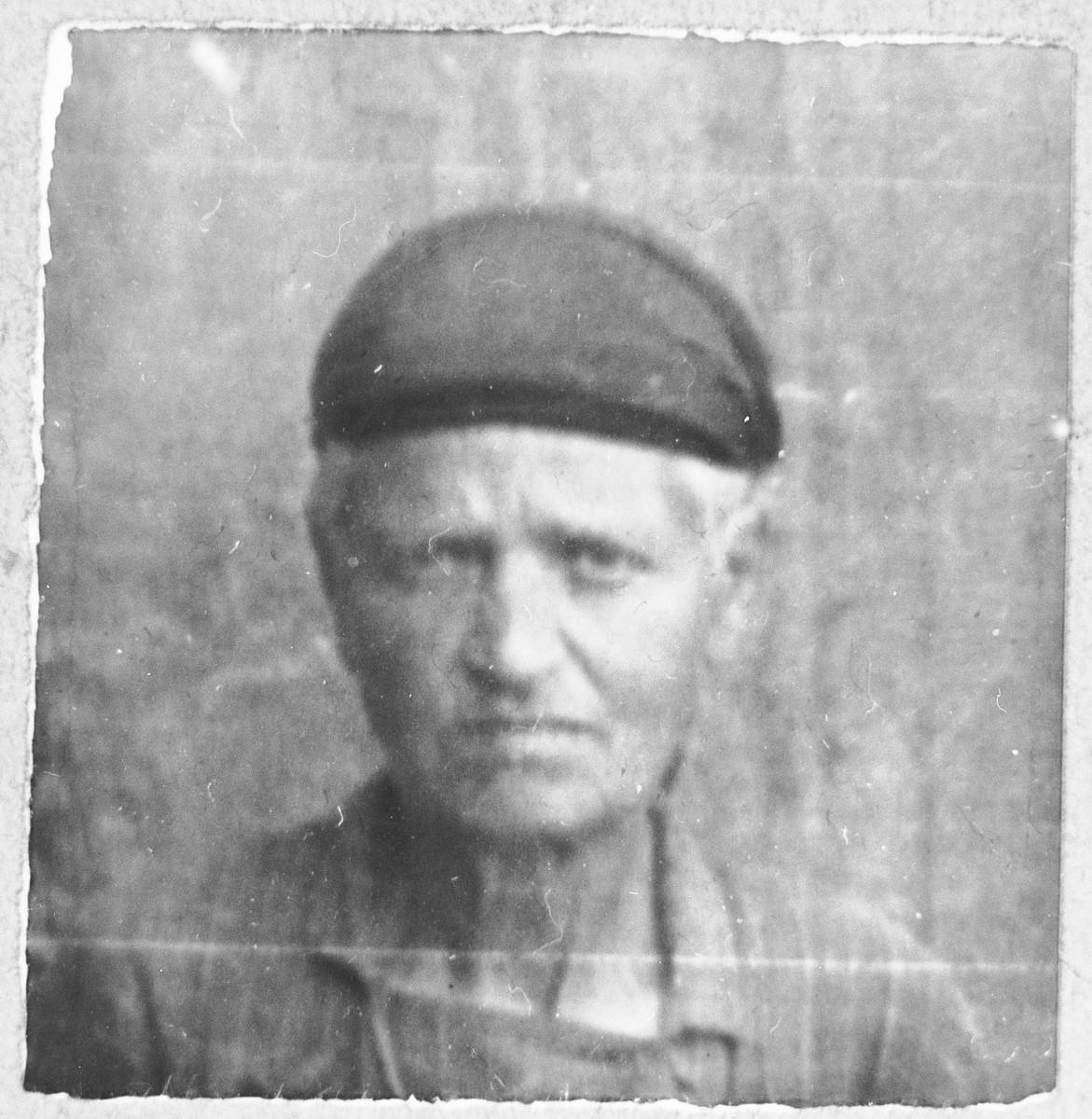 Portrait of Sol Koen, [wife of Yuda Koen].  She lived at Zmayeva 11 in Bitola.