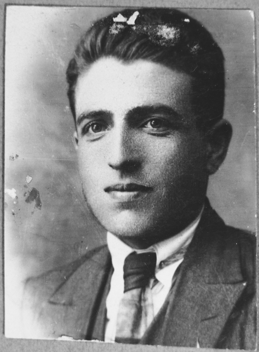Portrait of Yakov Levi.  He was a manufacturing agent.  He lived at Herzegovatska 27 in Bitola.