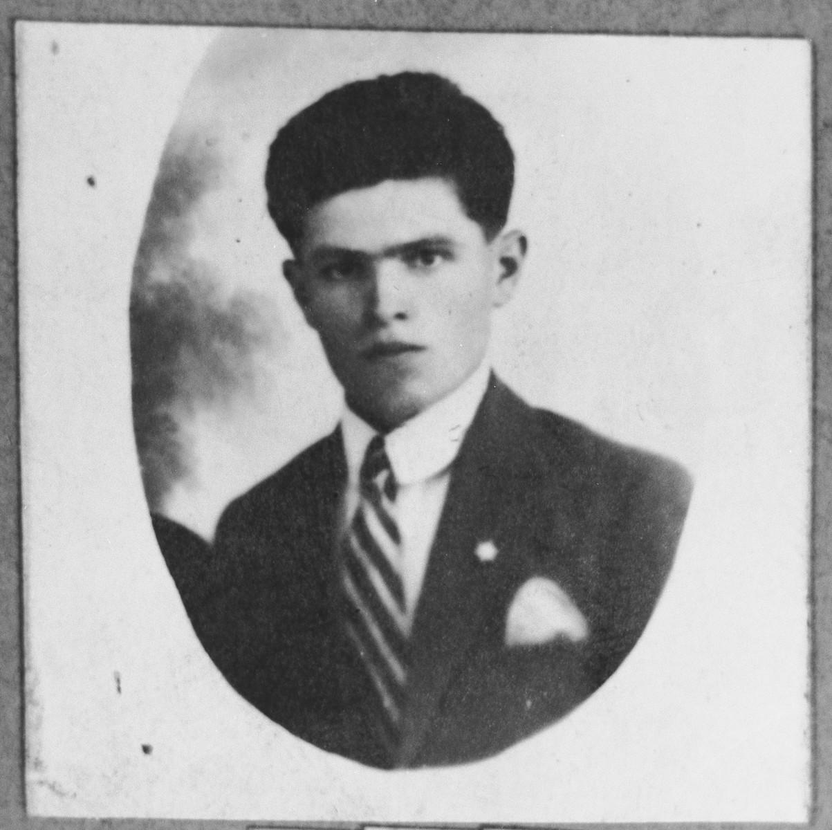 Portrait of Levi Koen.