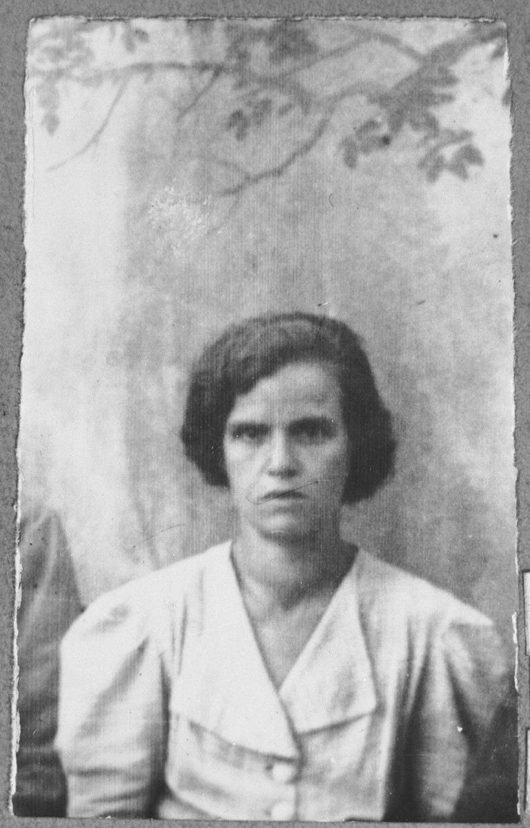 Portrait of Ester Levi, wife of Isak Levi.  She lived at Mitrovatska 3-5 in Bitola.