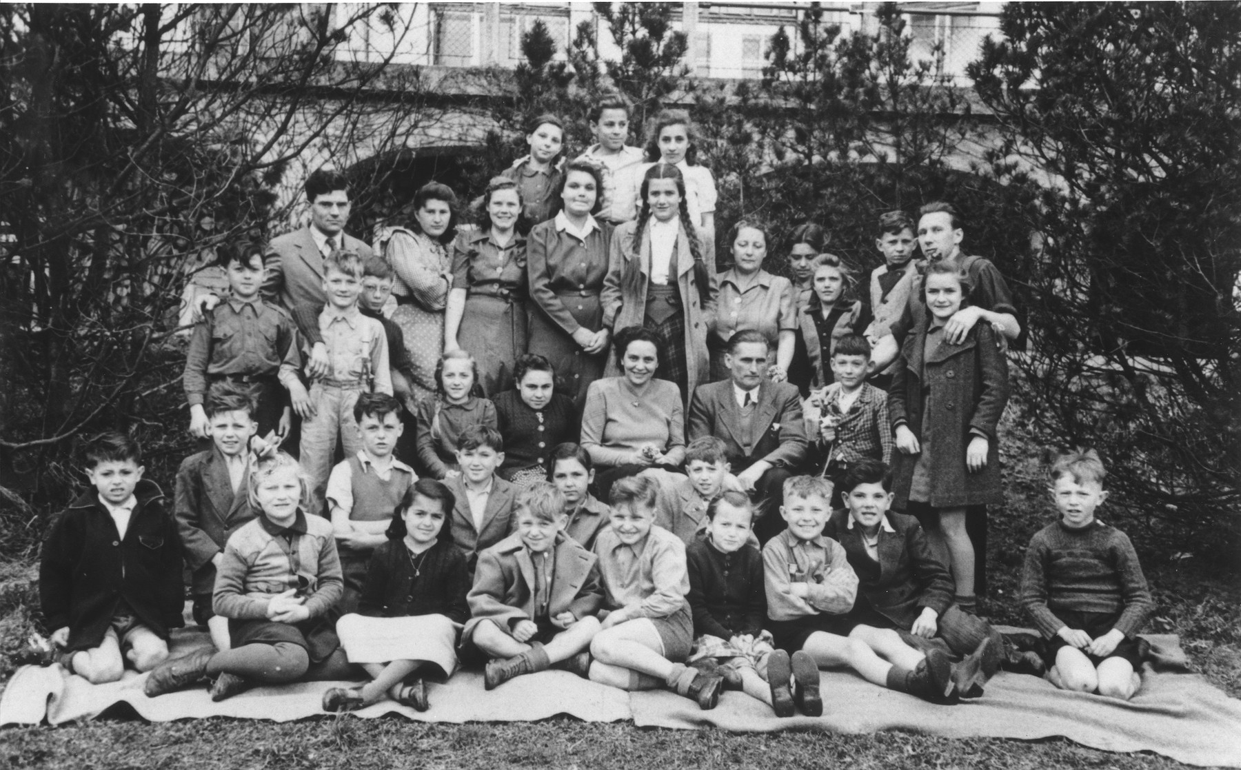 Group portrait of DP children at the Leitendorf children's home.